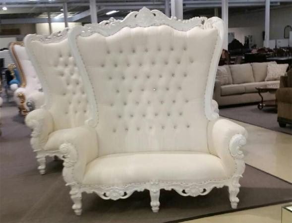 White Double Love Seat Throne Chair