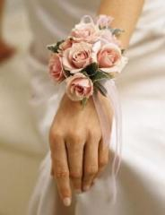 Pink Spray Roses Wristlet Corsage