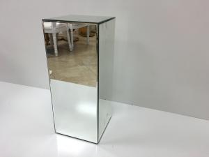 Mirror 30 Pedestal