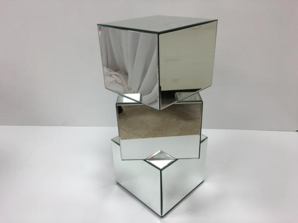 Mirror 30 Cubed Pedestal