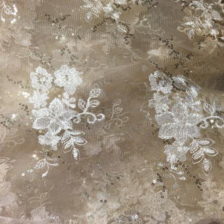Champagne and Gold Lace 132 Table Linen