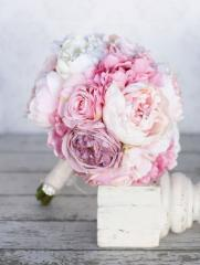 White and Pink Peonies Bouquet