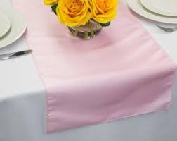 Table Runner Taffeta Color Pink