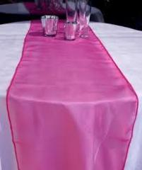 Table Runner Organza Fuchsia