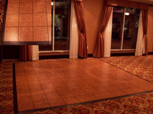 Dance Floor, Indoor 3\'x3\' Section